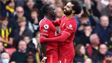 Liverpool thắng đậm Claudio Ranieri ở vòng 8 Ngoại hạng Anh
