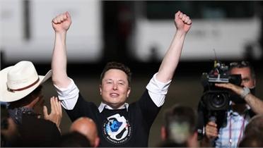 Elon Musk là người giàu nhất thế giới với khối tài sản 230 tỷ USD