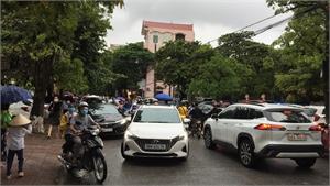Sớm khắc phục tình trạng ùn tắc giao thông trên đường Nguyễn Thị Lưu và Ngô Gia Tự