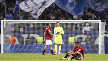Milan thua trận thứ ba liên tiếp tại Champions League