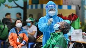 Ý kiến chuyên gia: Người về từ vùng dịch tiêm đủ vaccine vẫn cần xét nghiệm