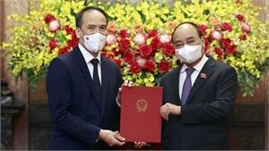 Chủ tịch nước Nguyễn Xuân Phúc giao nhiệm vụ cho các tân đại sứ