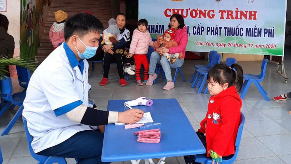 Thầy thuốc trẻ Phùng Văn Cương: Giàu ý tưởng sáng tạo