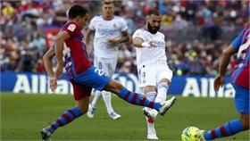 Real lần thứ tư liên tiếp thắng Barca