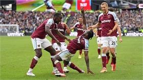 West Ham thắng Tottenham để vào top 4 Ngoại hạng Anh
